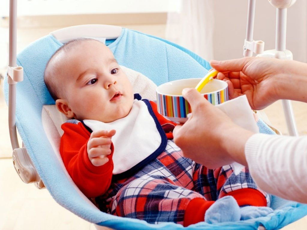 What Is Mixed Feeding And When Babies Can Have It