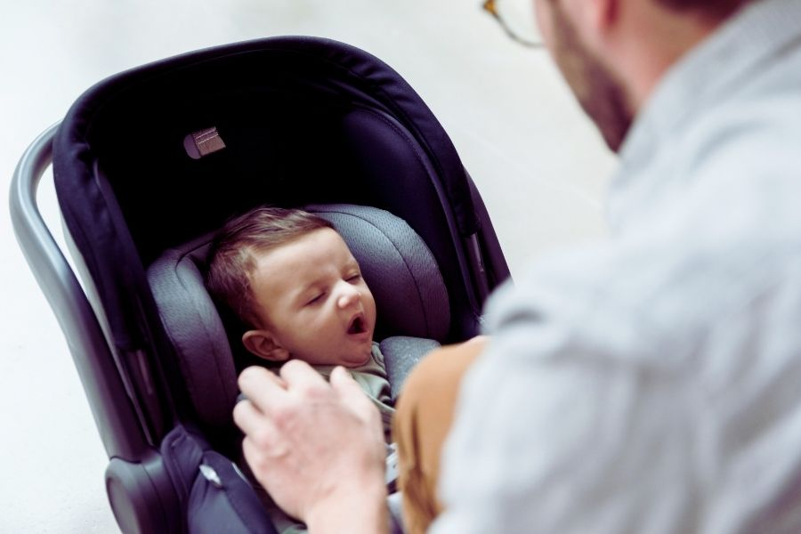 Infant Car Seats To Stay Based On The Growth Rate Of Your Baby