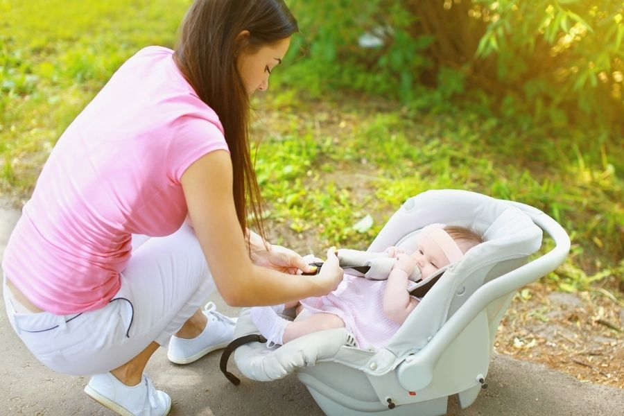 Infant Car Seat Canopies To Protect Your Baby From Different Elements