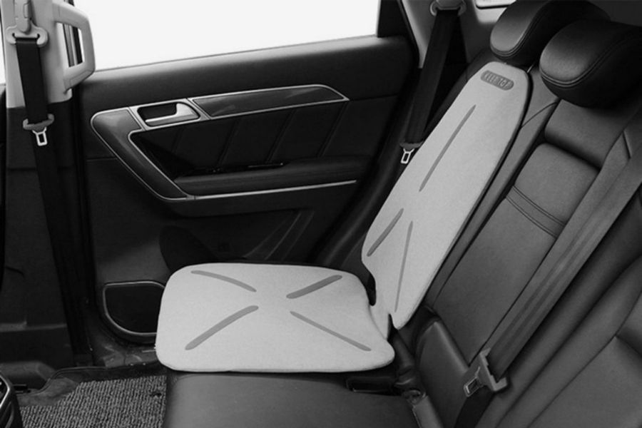 Infant Car Seat Protectors To Safeguard The Seats In Your Car