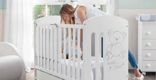 Top Best Mini Cribs